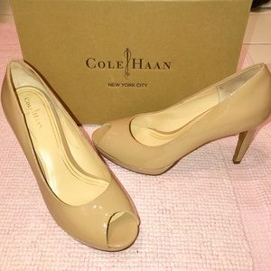 NEW Cole Haan Nude 8 Patent Leather Peep Toe Pumps